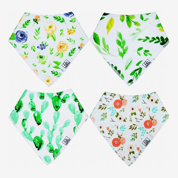 Common Bibs With Magnetic Closure