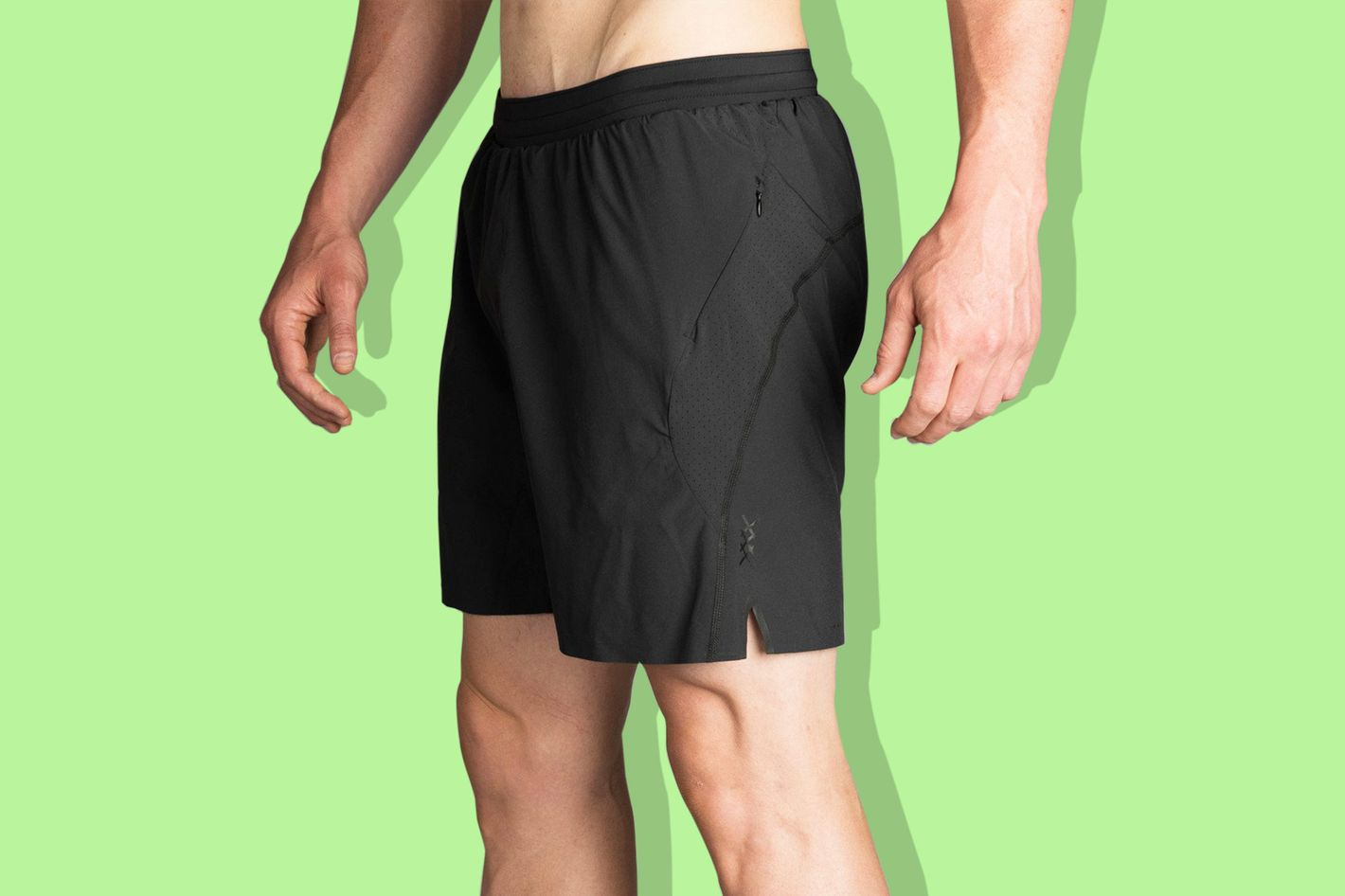 "rhone lined 7"" running shorts in black - strategist best fitness gear and best running shorts for men"