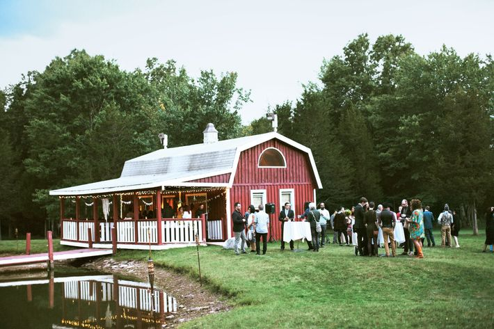 Nymag Real Weddings: Real Wedding Album: An All-DIY Farm Party