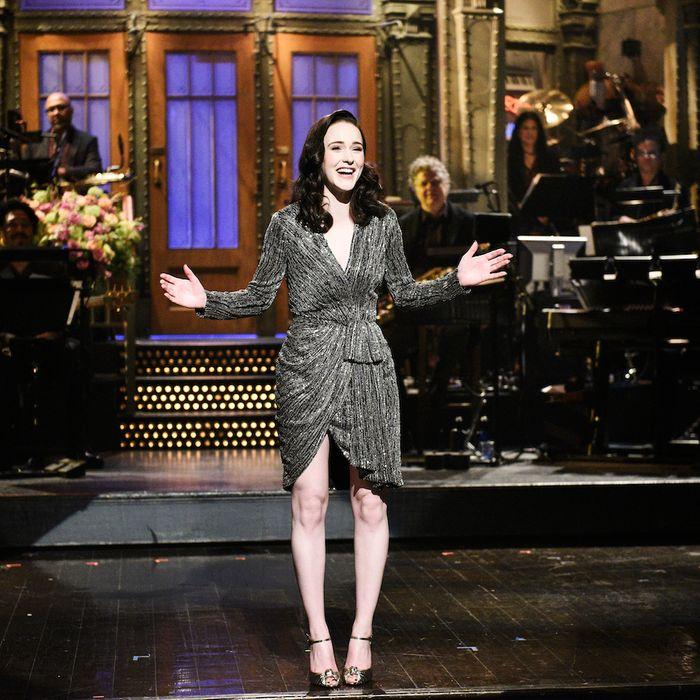 Mrs. Maisel star Rachel Brosnahan on Saturday Night Live.