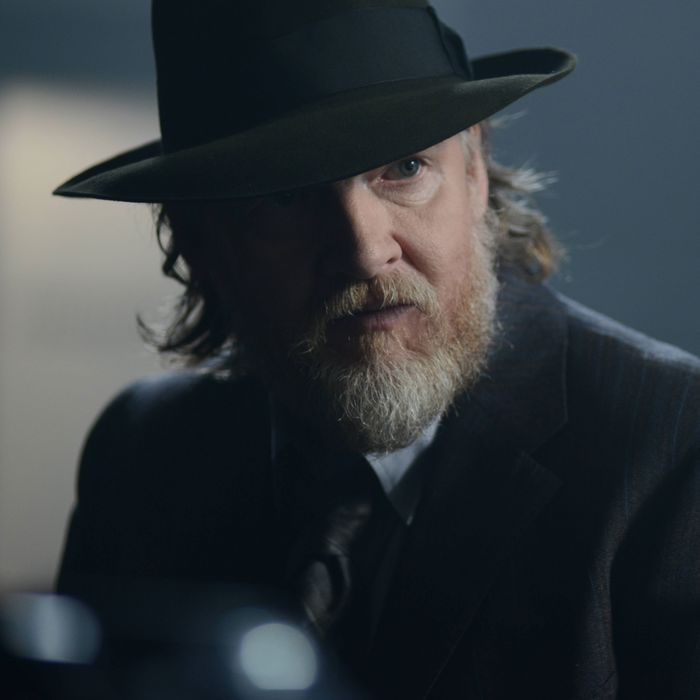 """GOTHAM: Bullock (Donal Logue) in the """"Rise of the Villains: Strike Force"""" episode of GOTHAM airing Monday, Oct. 12 (8:00-9:00 PM ET/PT) on FOX. ©2015 Fox Broadcasting Co. Cr: FOX."""