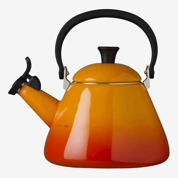 Le Creuset Kone Stove-Top Kettle with Whistle (Volcanic)