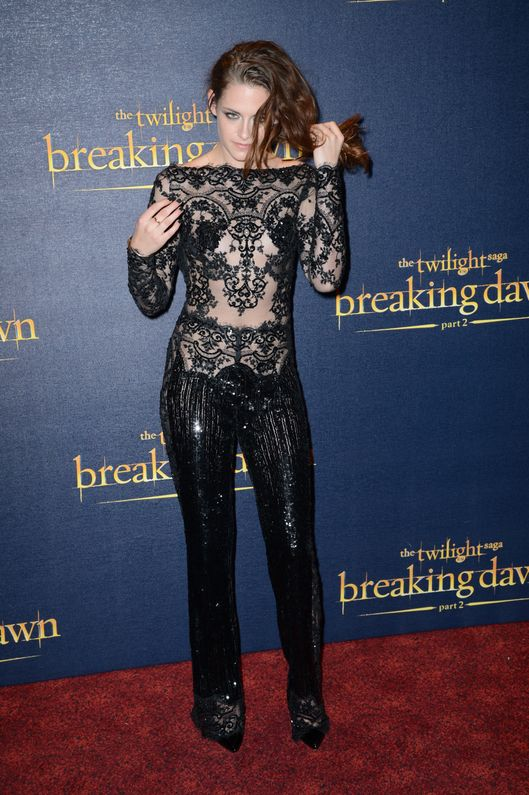 LONDON, ENGLAND - NOVEMBER 14:  Kristen Stewart attends the UK Premiere of 'The Twilight Saga: Breaking Dawn - Part 2' at Odeon Leicester Square on November 14, 2012 in London, England.  (Photo by Dave J Hogan/Getty Images)
