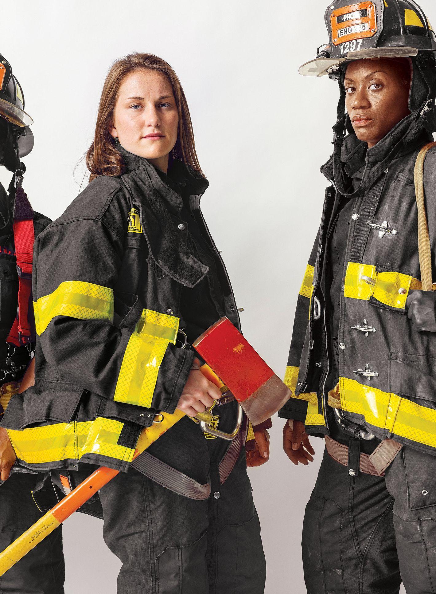 kentucky-firefighter-girl-beauty-bugbane-free