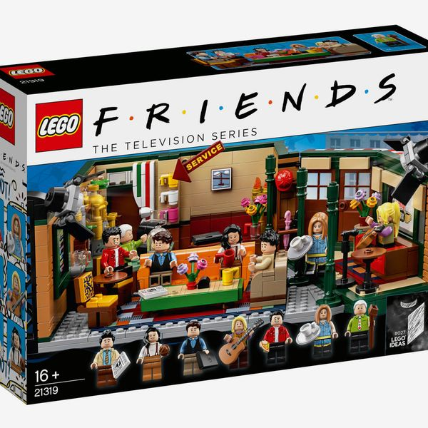 LEGO Ideas Friends Central Perk, Ages 16+