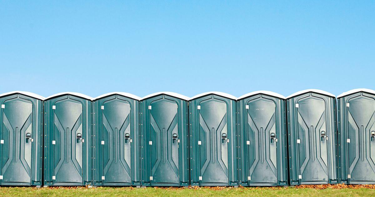 Peeing in ladies restroom