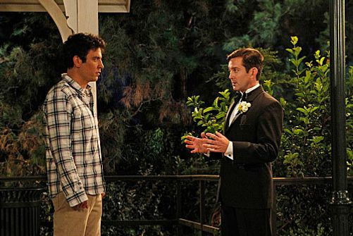 """Farhampton"" -- Robin's anxiety on her wedding day to Barney prompts Ted (Josh Radnor, left) to recount the time he insisted on leaving Victoria's jilted fiancé (Thomas Lennon, right) a note before they drove off into the sunset together, on the eighth season premiere of HOW I MET YOUR MOTHER, Monday, Sept. 24 (8:00-8:30 PM, ET/PT) on the CBS Television Network. Photo: Robert Voets/FOX ©2012 FOX Television. All Rights Reserved."