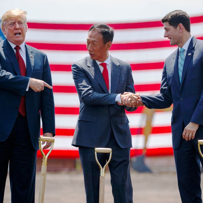 Wisconsins Own Paul Ryan Making Waves >> Foxconn Consistently Lies About Jobs And We Re An Easy Mark