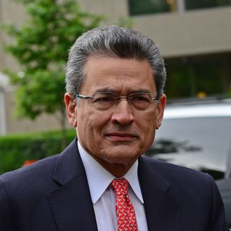 Former Goldman Sachs and Procter & Gamble board member Rajat Gupta arrives at Manhattan Federal courthouse for the closing arguments of his trial in New York, June 13, 2012. Gupta is accused of leaking stock secrets to hedge-fund founder Raj Rajaratnam. AFP PHOTO/Emmanuel Dunand (Photo credit should read EMMANUEL DUNAND/AFP/GettyImages)