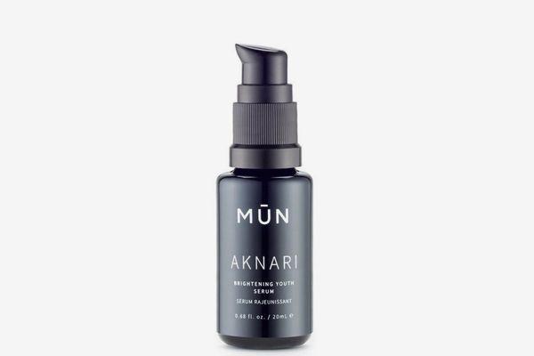 Mün Aknari Brightening Youth Serum