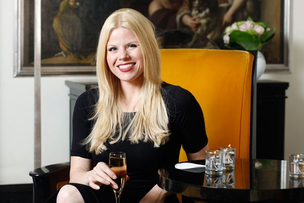 Broadway's Megan Hilty Eats Her First Proper Dinner at Sardi's