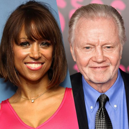 Meanwhile Jon Voight And Stacey Dash Are Starring In A Secret Roe V Wade Movie Its Filming Under Fake Title Right Now New Orleans