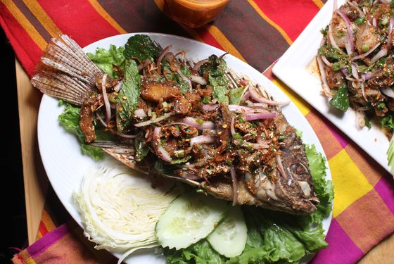 Larb Ubol offers a catfish variation.