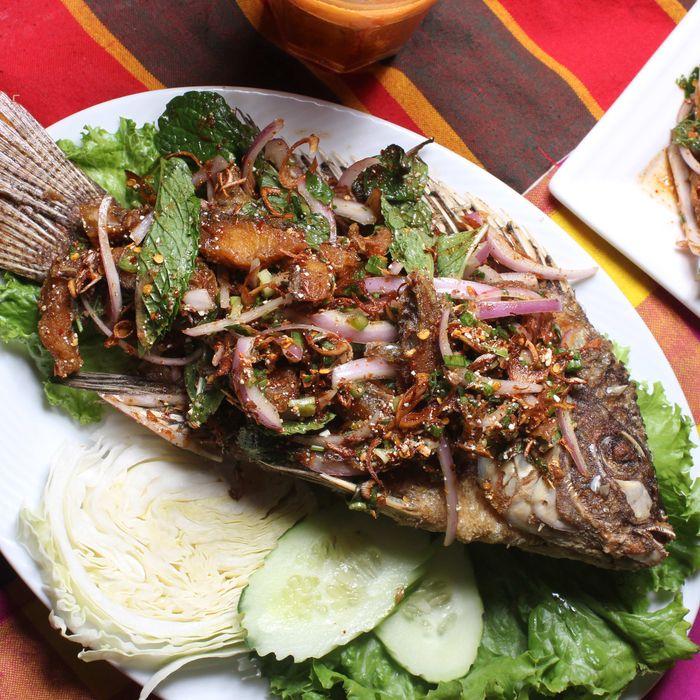 Larb Ubol offers a catfish variation.