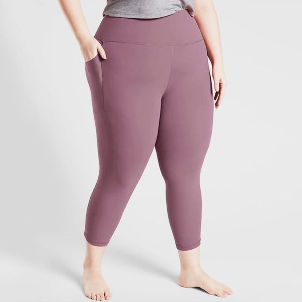 Athleta Salutation Stash Pocket II Capri Leggings