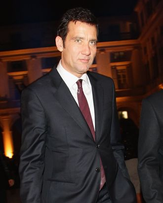 MILAN, ITALY - OCTOBER 18: Actor Clive Owen attends the Vertu Global Launch Of The 'Constellation' at Palazzo Serbelloni on October 18, 2011 in Milan, Italy. (Photo by Vittorio Zunino Celotto/Getty Images)