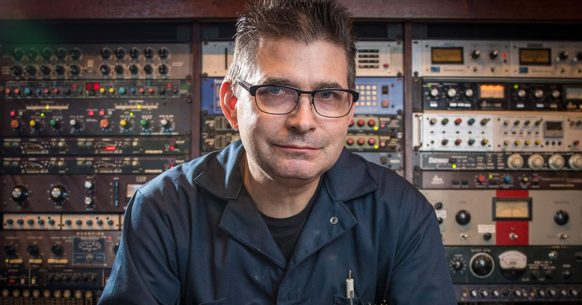 Tips: Steve Albini, 2017s alternative hair style of the enigmatic talented  musician