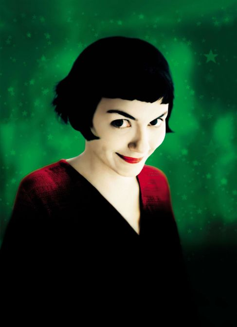 AMELIE, (aka LE FABULEUX DESTIN DAMELIE POULAIN), Audrey Tautou, 2001. ©Miramax/courtesy Everett Collection