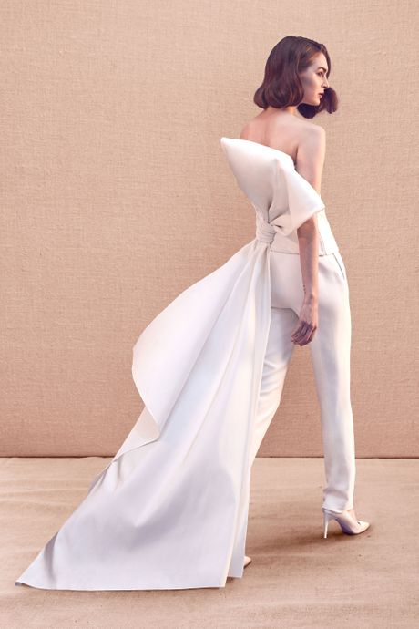 How To Make A Wedding Dresses.Best Wedding Dresses From Bridal Fashion Week Spring 2020