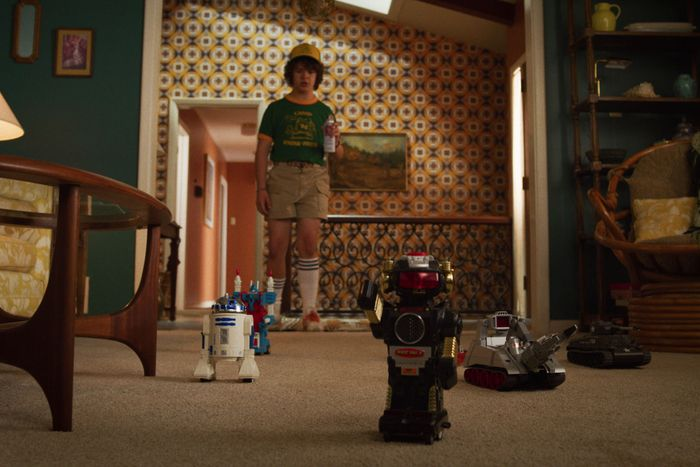 Stranger Things 3: Pop-Culture Easter Egg and References