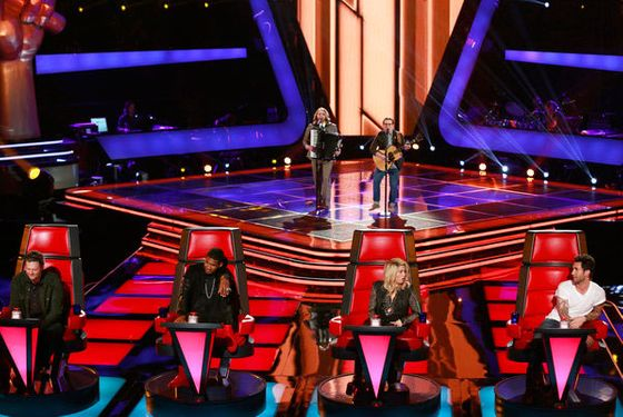 """THE VOICE -- """"Blind Auditions"""" Episode 402 -- Pictured: (l-r) """"Midas Whale"""" Ryan Hayes, Jon Peter Lewis -- (Photo by: Trae Patton/NBC)"""
