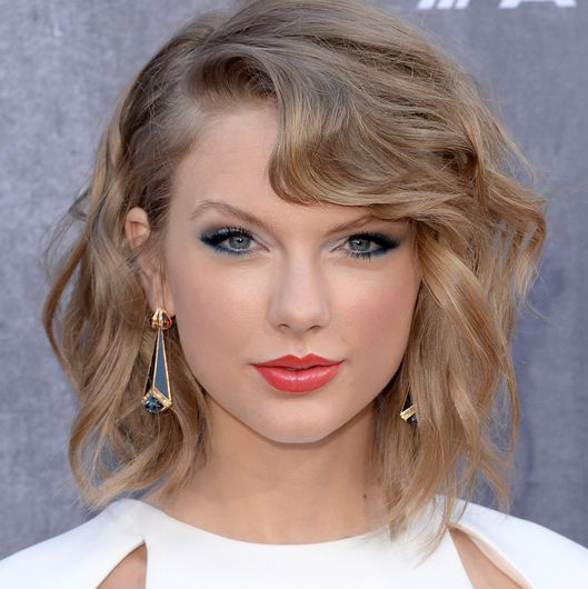 Taylor Swift Is Working on a Mobile Game for Later This Year Taylor Swift