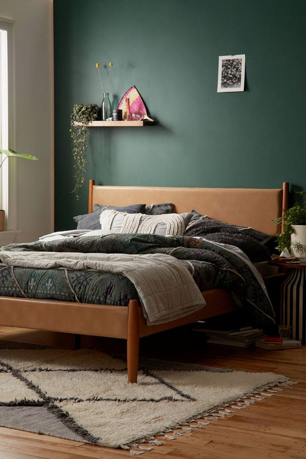 Huxley Recycled Leather Bed