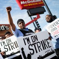Fast-Food Workers Just Won a Major Victory in Their Fight to Unionize