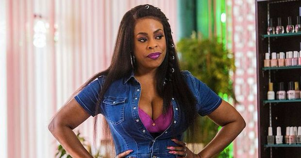 Claws Season 3 Review: A Perfect Summer TV Show