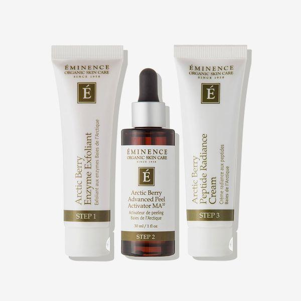 Éminence Organic Skin Care Arctic Berry Peel & Peptide Illuminating System