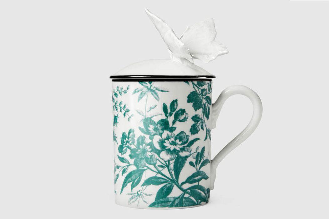 Herbarium butterfly mug