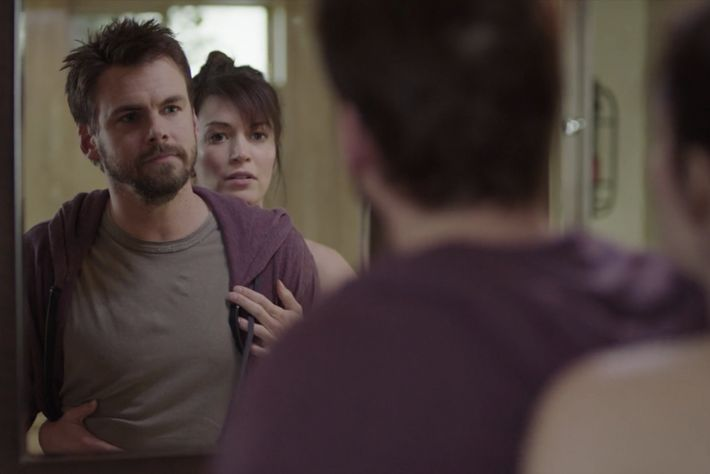 Tommy Dewey as Alex, Britt Lower as Sarah.