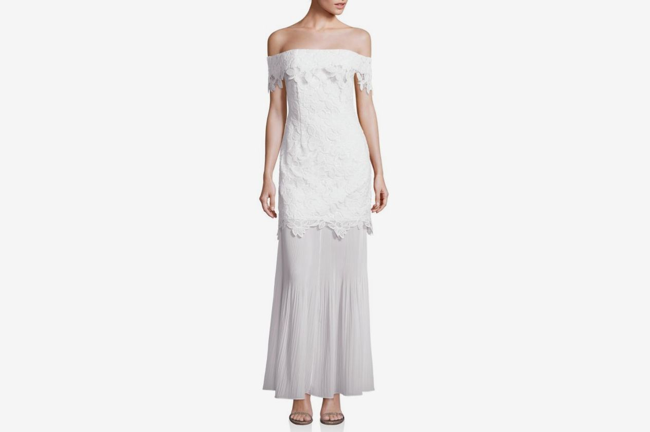 Self-Portrait Lace Off-the-Shoulder Gown