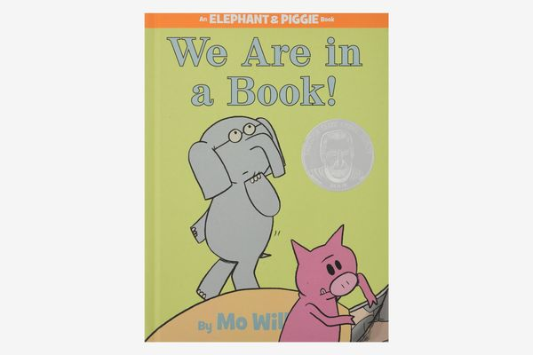 We Are in a Book! (An Elephant and Piggie Book) by Mo Willems