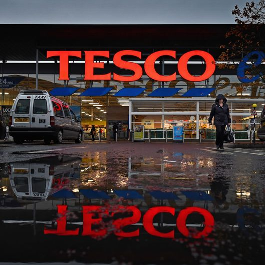 Tesco Supermarket Report 92% Fall In Profits