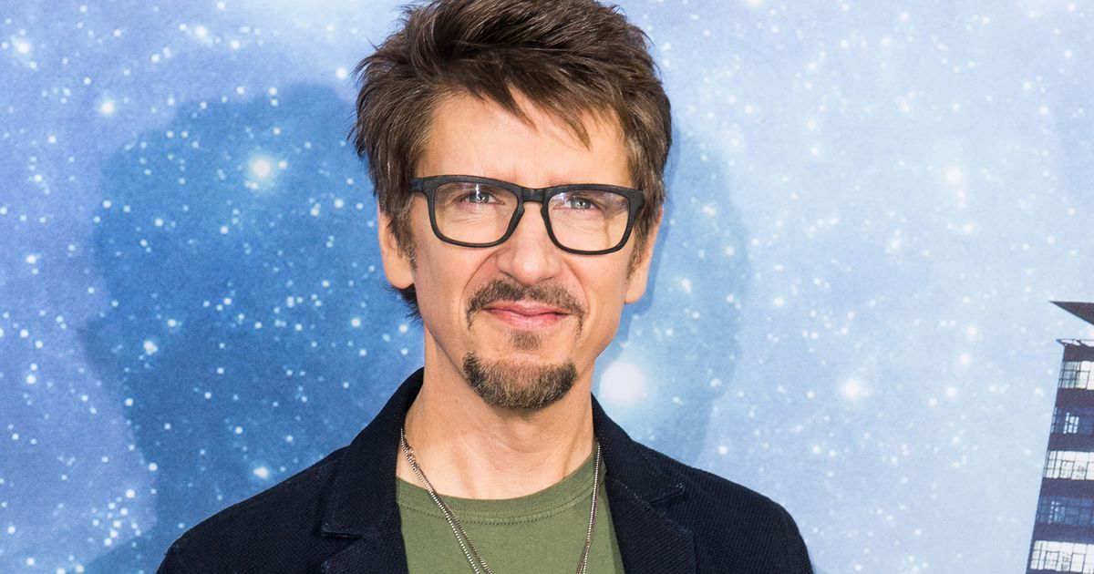 A Doctor Strange Sequel Is Coming And Scott Derrickson Has Signed On To Direct