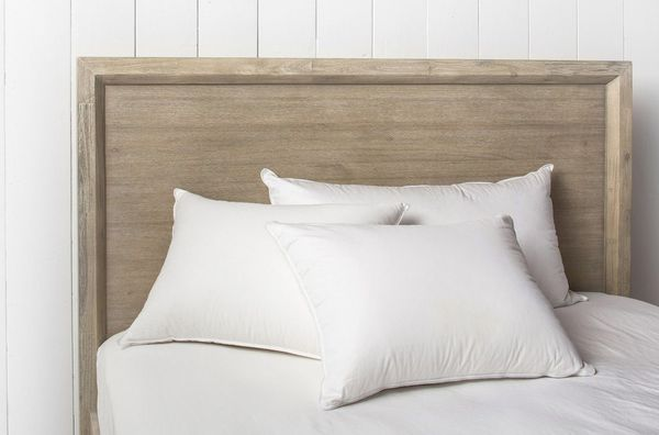 11 Best Pillows For Side Sleepers 2019 The Strategist