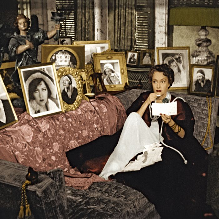 <i>Sunset Boulevard</i>'s Norma Desmond, the icon of lonely madness.