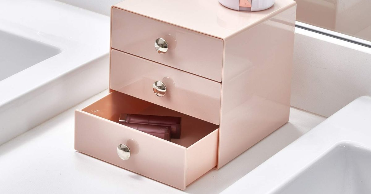 The Best Makeup Organizers on Amazon, According to Hyperenthusiastic Reviewers