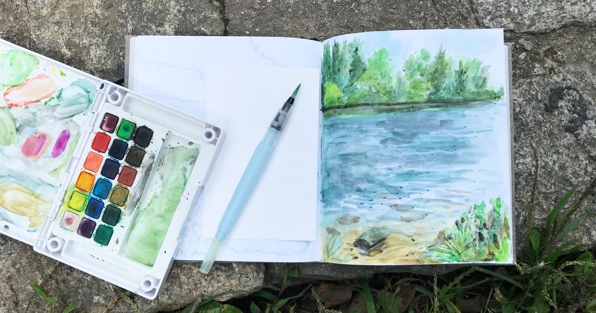 This $9 Watercolor Brush Holds Its Own Water