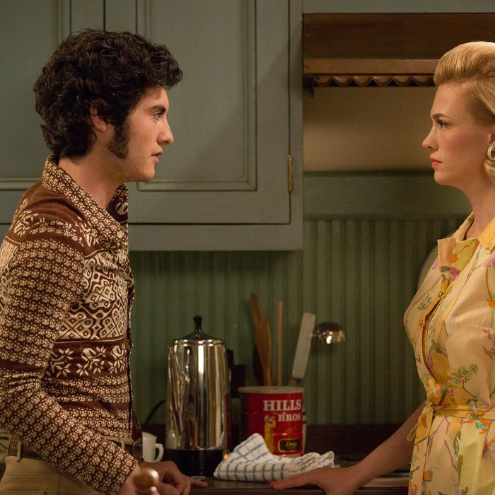 Glen and Betty in the <em>Mad Men</em> episode
