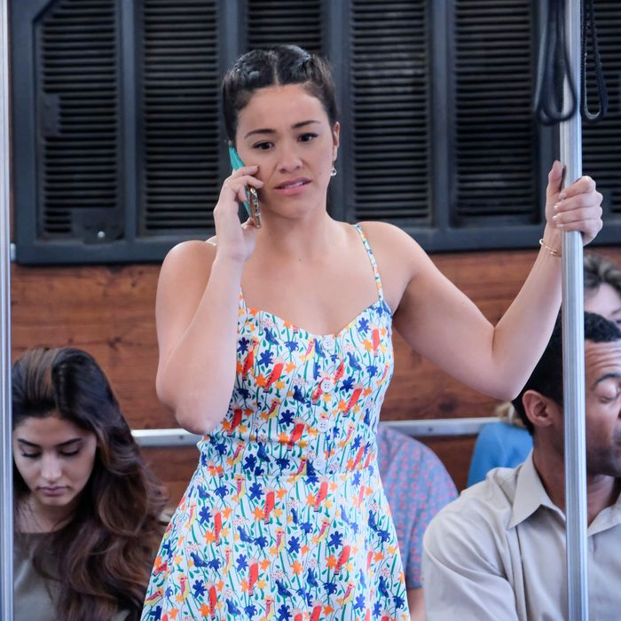 All the Clues That Led to Jane the Virgin's Major Finale Twist