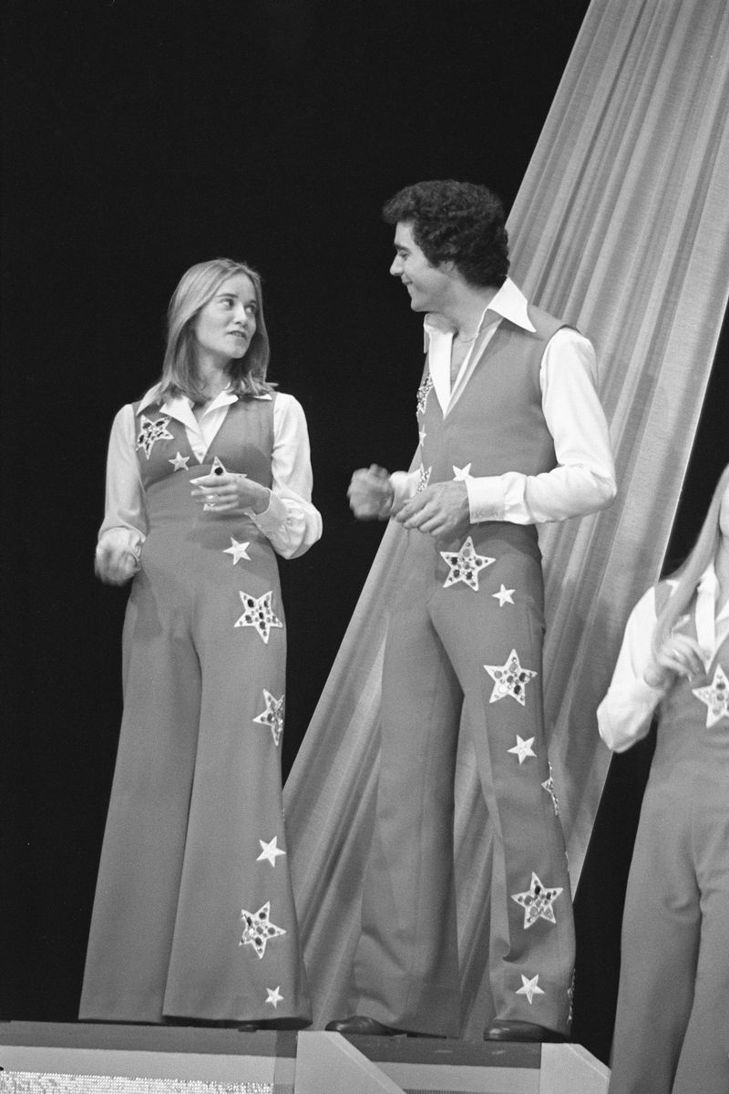 maureen mccormick and barry williams young hollywood