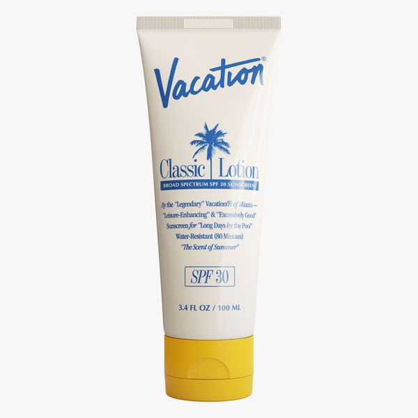 Vacation Classic Lotion SPF 30 SPF 30 Sunscreen Lotion