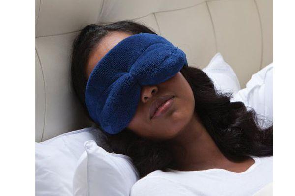 Brookstone NapForm Mask