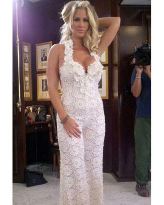 One Of Real Housewife Kim Zolciaks Three Wedding Looks Was A White