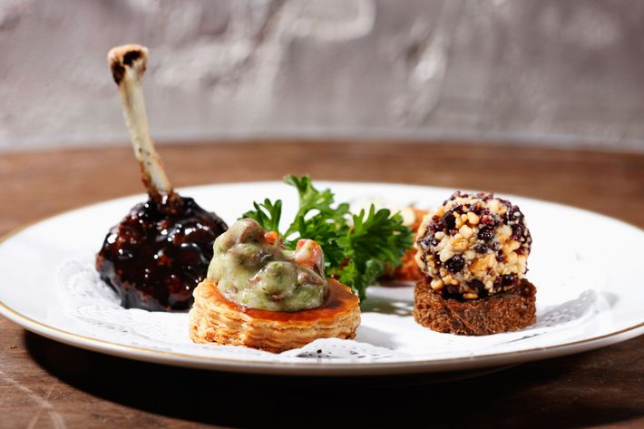 Tasty Bite-Size Sampler: cock's combs cutlet, heart à la bourguignonne, truffle-wing ball, liver mousse.