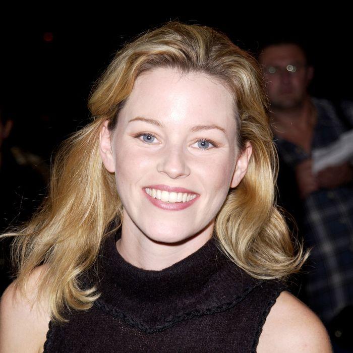 Elizabeth Banks in 2002