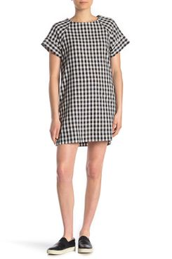 Vanity Room Short-Sleeve Pocketed Shift Dress