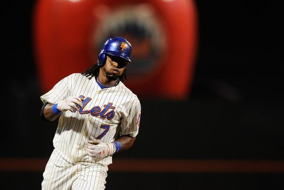 NEW YORK, NY - SEPTEMBER 27:  Jose Reyes #7 of the New York Mets rounds the bases after hitting a solo home run in the third inning of a game against the Cincinnati Reds at Citi Field on September 27, 2011 in the Flushing neighborhood of the Queens borough of New York City.  (Photo by Patrick McDermott/Getty Images)